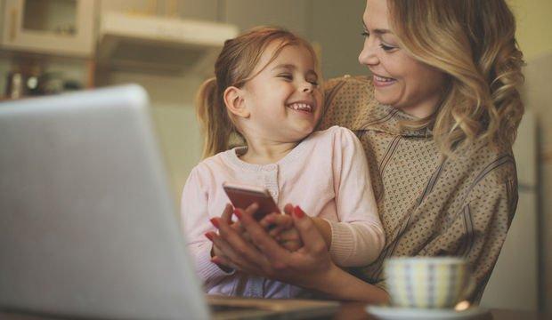 Çocuklarınıza Instagram'ı siz mi öğreteceksiniz, kendi mi öğrensin istersiniz?