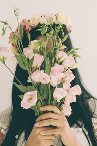 Üzüldüğün için utanmak ya da mutluluktan suçluluk duymak normal mi?