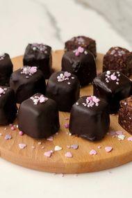 Muzlu yulaflı çikolata küpleri