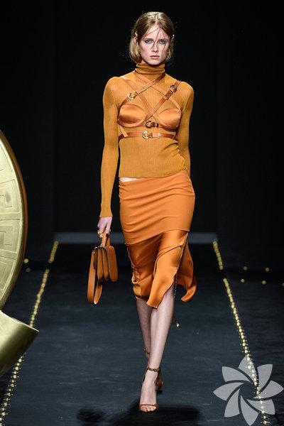Milano Moda Haftası: Versace 2019-20 Sonbahar/Kış
