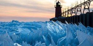 Michigan Gölü milyonlarca parçaya bölündü