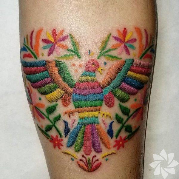 Rengarenk nakış dövmeler!