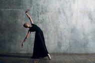 Siyahi balerinlere siyahi puantlar