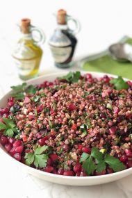Taze otlu karabuğday salatası