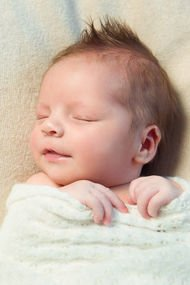 Yeni doğan bebeğinizde akne varsa...
