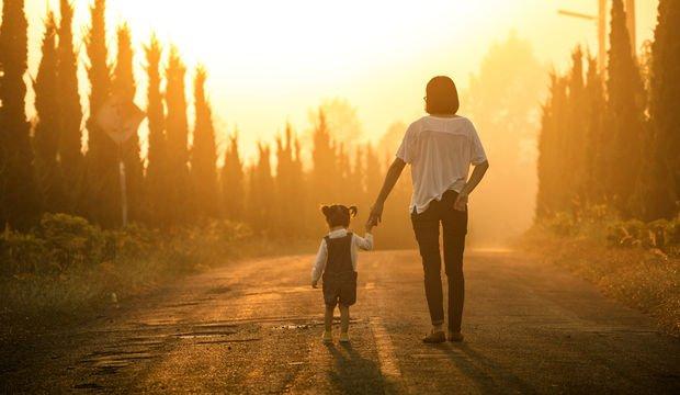 Yaz hem çocuklara gelsin hem annelere