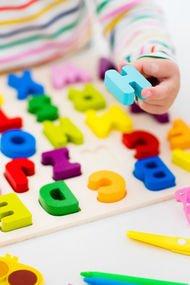 İki dil öğrenmek bebeklere yarıyor