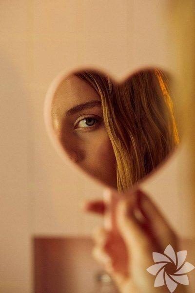 """""""Kıskançlık, kıskananın kendi verdiği zararı, genel kötülüğe katarak kendini aklama alışkanlığıdır."""" Victor Hugo"""