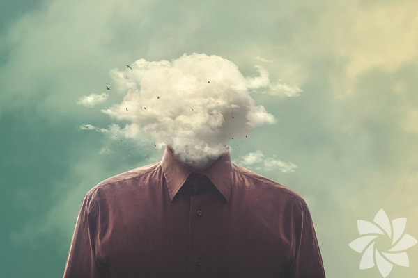 Unutkanlık aslında zeki olduğunuzun bir göstergesi İyi bir hafızaya sahip olmak kulağa iyi bir özellikmiş gibi gelse de bilim insanları bir şeyleri unutmanın da hatırlamak kadar önemli olduğunu söylüyor. 'Kötü hafıza' diye adlandırdığımız mekanizma aslında boşuna yer kaplayan gereksiz bilgileri silmeye yararken yenilerine de yer açmamızı sağlıyor.