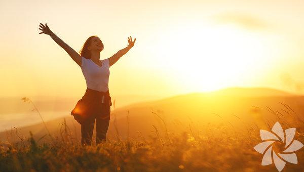 Geçmiş günleri düşünmek sizi üzmez Eskiden yaşadıklarınızı düşündüğünüzde sakin kalabiliyor ve yaşadığınız şeyler size ders verdiği için mutlu oluyorsanız tamamdır! Eski sevgilinize karşı beslediğiniz sinirin yok olduğunu da hissetmeye başladığınız zaman anlayın ki yeni bir ilişkiye hazırsınız!