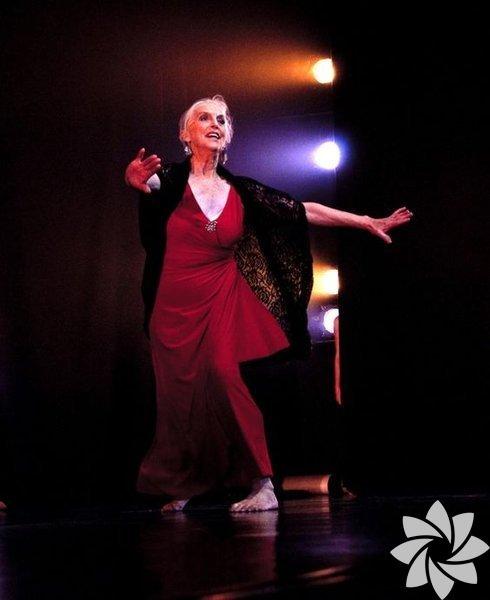 Elizabeth Cameron Dalman, 82 yaşında ve Avustralya'nın en iyi dansçılarından.