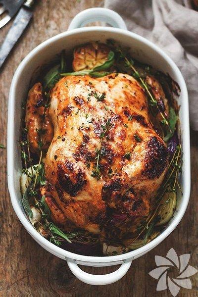 1- Tavuk Avrupa'da ve Büyük Britanya'da 1997'den beri klorla işlem görmüş tavuk satışı yasak. Çeşitli bakterilerin ortaya çıkmasına sebep olan klorla işlenmiş tavuklar 2010'dan beri Rusya'da da yasak.