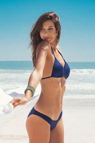 Sezonun trend bikini modelleri