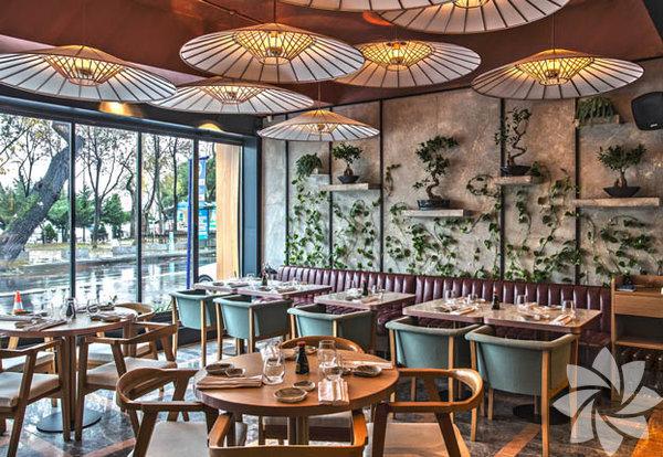 Inari Sushi Omakase Kuruçeşme'de yer alan restoran İstanbul'da Suşi'nin en iyi yapıldığı yerlerden. Siz de Japon mutfağına güzel bir başlangıç yapmak istiyorsanız buraya gidebilirsiniz.