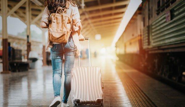 İlk kez yalnız seyahat edeceklere yararlı ipuçları