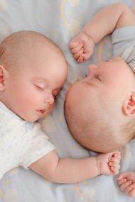 İkizlerde uyku düzeni nasıl sağlanır?