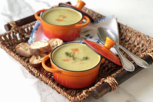 Brokoli çorbası - Müjgan Yurtseven'den brokoli çorbası tarifi...