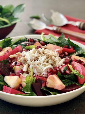 Meyveli ıspanak salatası