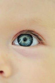 Bebeğinizin göz muayenesini ihmal etmeyin