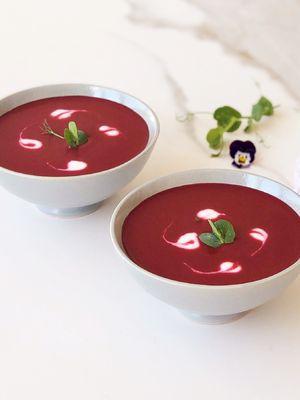 Mor havuç çorbası