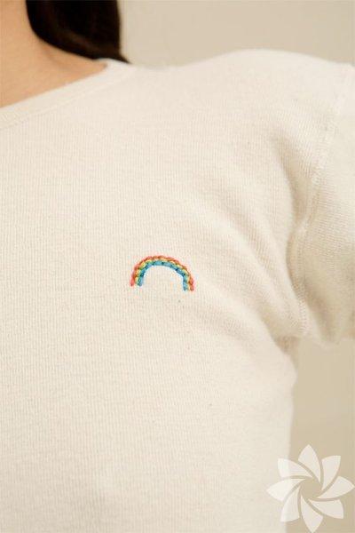 Nakış işlemeli tişört modelleri