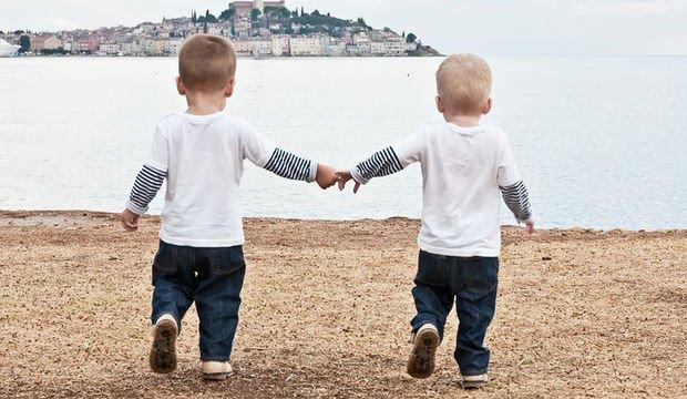 İkizlerim 18 aylık