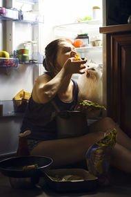 Evde kaldıkça daha fazla yemek yiyorsanız...