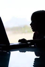 Koronavirüs - online eğitim - çocuklar ve ebeveynler