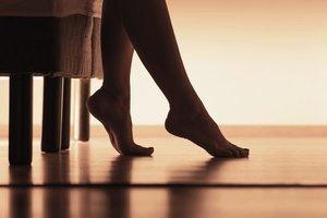 Evde çıplak ayak ile gezmeyin!